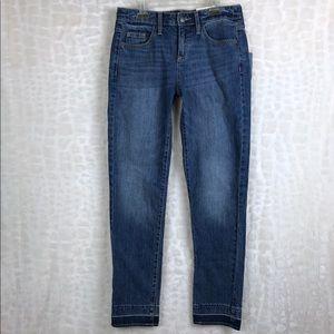 Universal Thread Mid Rise Boyfriend Jeans 24 R